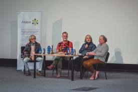 Realita z pohledu Jaroslava Duška a hostů + film Zrcadlení tmy